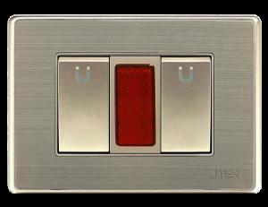 bo-2-cong-tac-don-và-den-bao-do-uten-300x300